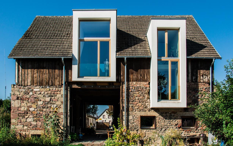 Minimalistisches Scheunenhaus Architekturburo Sennrich