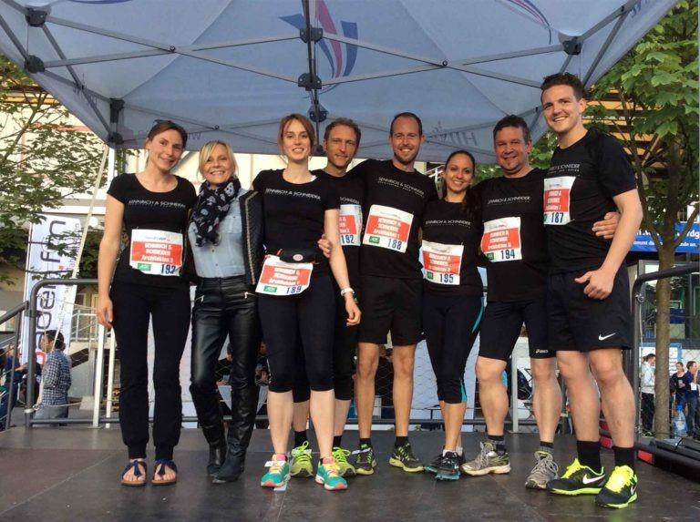 Sennrich und Schneider beim Buisness Run in Freiburg