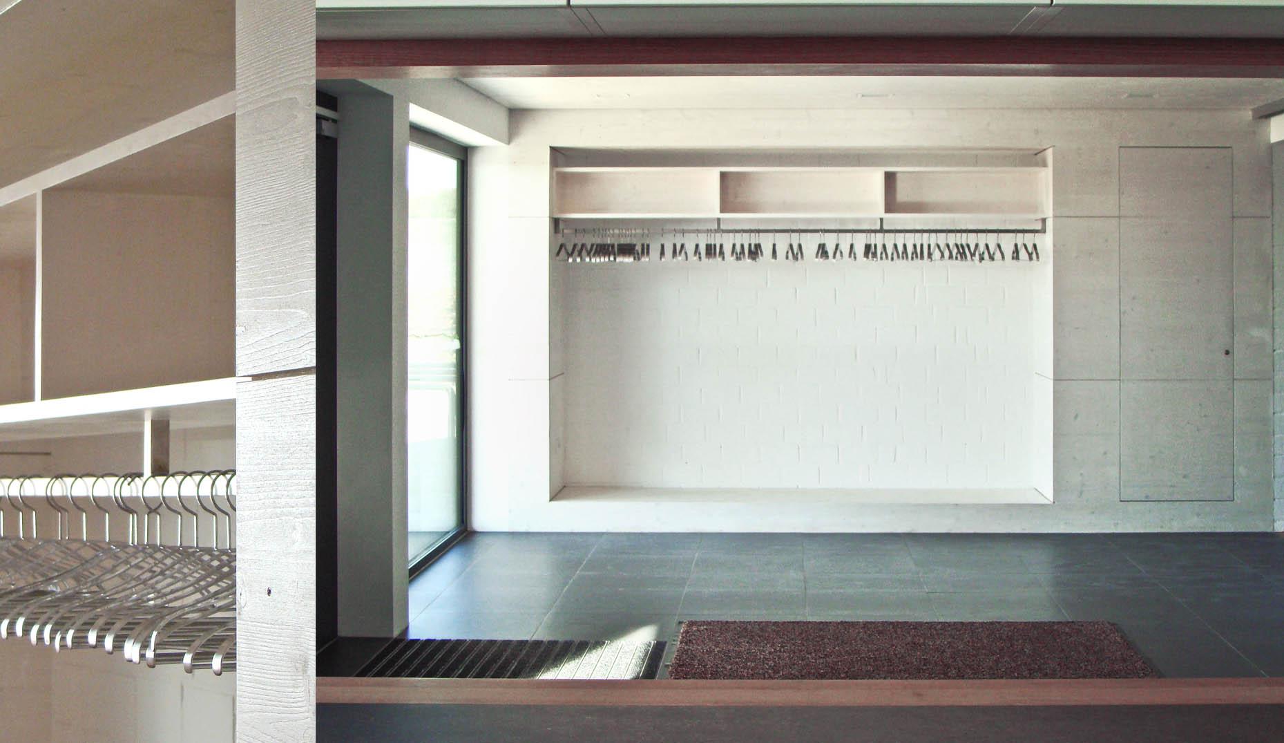 Der Empfangsbereich der Tuniberghalle von Oberrimsingen von Sennrich und Schneider GmbB