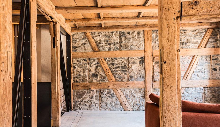 denkmalgesch tztes fachwerkhaus sennrich und schneider gmbb. Black Bedroom Furniture Sets. Home Design Ideas